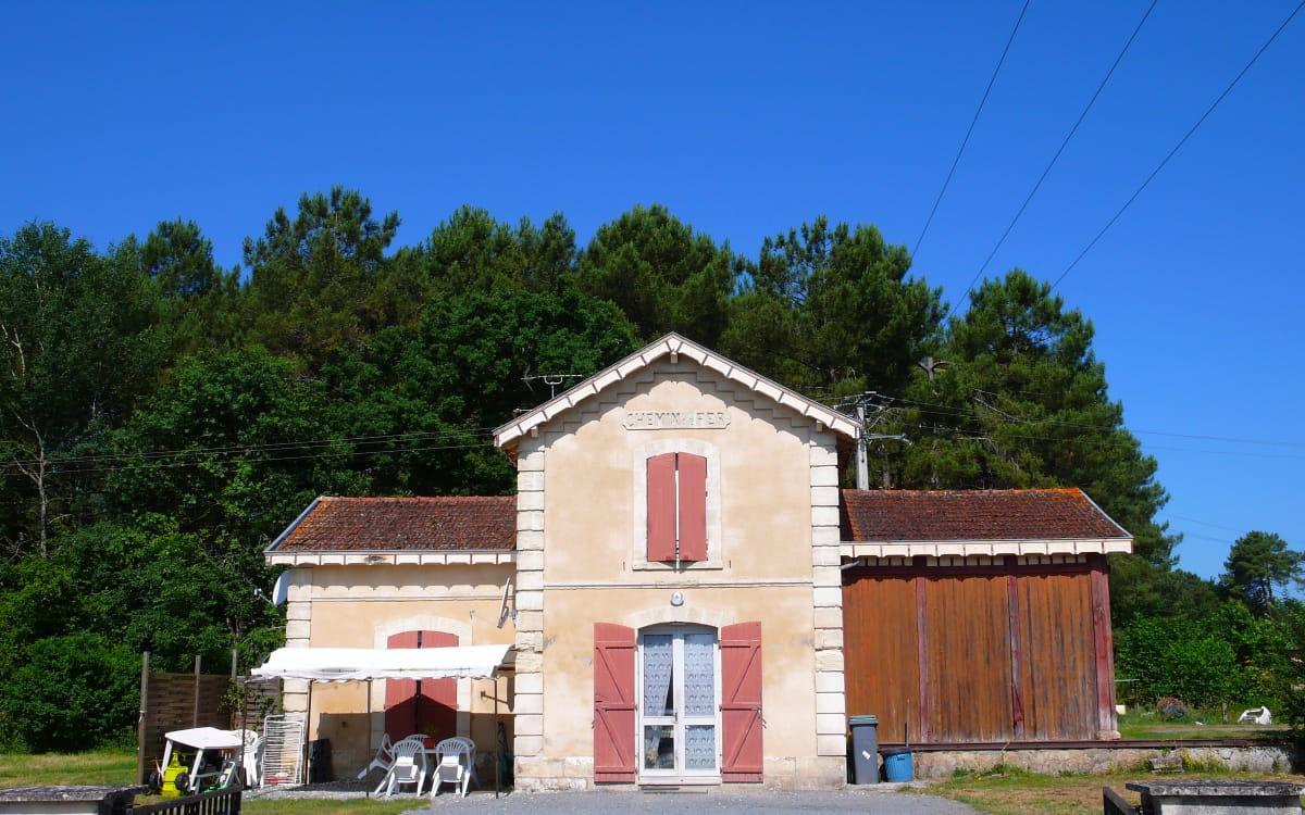 Ancienne gare forestière de Cabanac et Villagrains