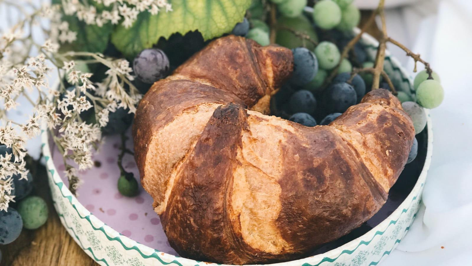Croissants et raisins